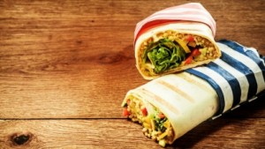 weganskie-burrito-quinoa-tortilla-z-nasionami-konopi
