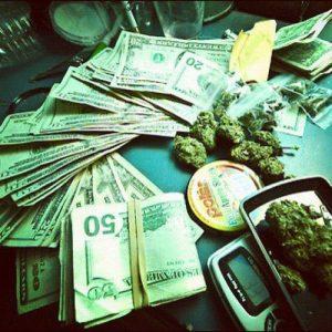waga-pieniadze-marihuana