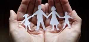 dzieci-mieszkajace-w-rodzinach-gdzie-hoduje-sie-marihuane-nasiona-marihuany-a-dzieci