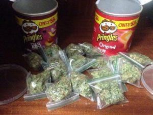 15 worków trawki w chipsach Pringles, GrubyLoL.com