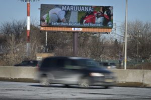 Zgony na drogach są niższe tam, gdzie marihuana jest legalna, GrubyLoL.com
