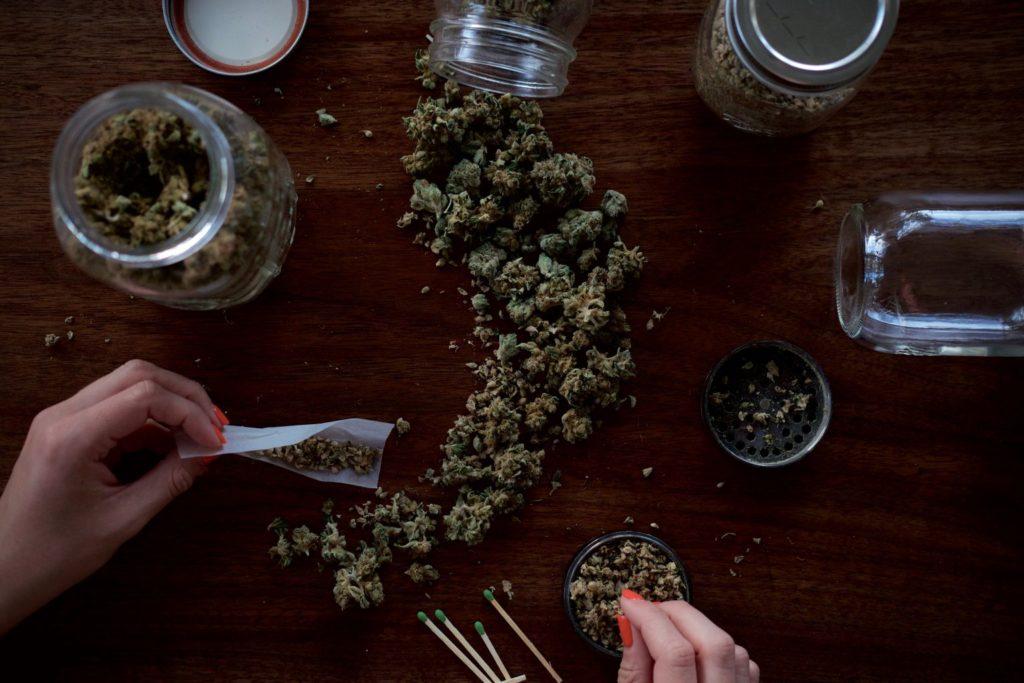 Marihuana Zamiast Tabletek Nasennych, GrubyLoL.com